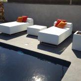 2 Loungebedden en tafel Zomer 2016
